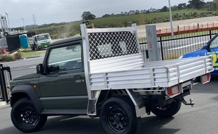 Suzuki Jimny pickup truck 2